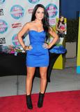 http://img126.imagevenue.com/loc101/th_78083_JoJo_2010_Teen_Choice_Awards_006_122_101lo.jpg
