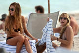 Lindsay Lohan Bikini Pictures - Miami Beach - 12/31/2008 Foto 2149 (Линдси Лохан Фото Бикини - Майами Бич - 12/31/2008 Фото 2149)