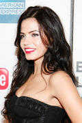 http://img126.imagevenue.com/loc23/th_60027_Jenna_Dewan_at_premiere_Of_Earth_Made_Of_Glass_At_TFF2_122_23lo.jpg